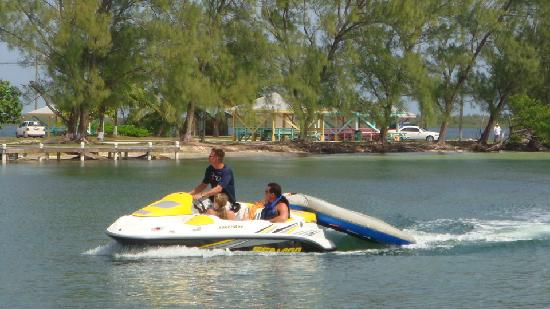 Fat Fish Adventures: Jet boat at Kaibo