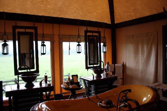 โรงแรมโฟร์ซีซั่นส์ เท้นต์ แคมป์ สามเหลี่ยมทองคำ: Our Tent