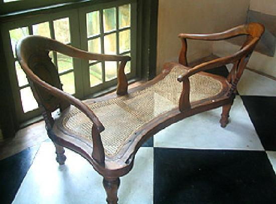 Bentota, Sri Lanka: A chair of two