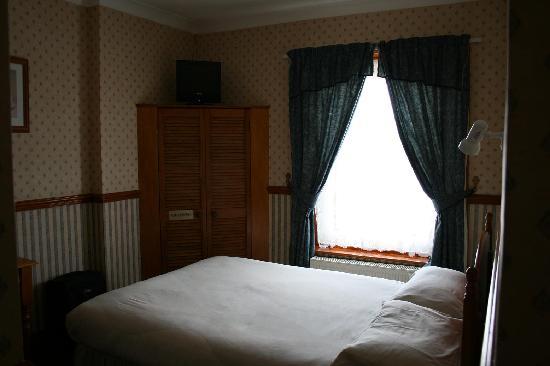 Dovers Restover Bed & Breakfast: Zimmer