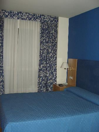 Hotel Bouza: La habitación