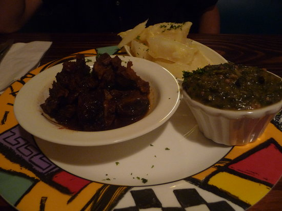 Woodford Cafe: Stewed oxtail (ugh) with local side dishes