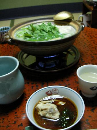 Honke Torihatsu: Chicken nabe