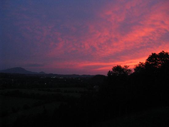 Braeside Inn: Sunset
