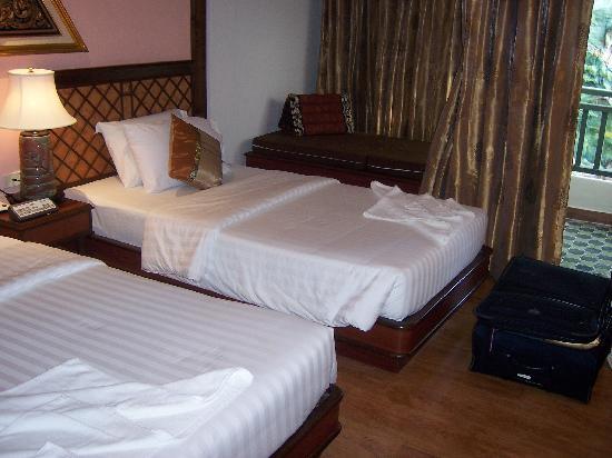 P. P. Palm Tree Resort: The room