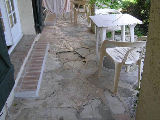 Le Galion Residence : terrasse dégradée