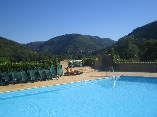 RCN Val de Cantobre: pool early am (before the kids arrive!!)