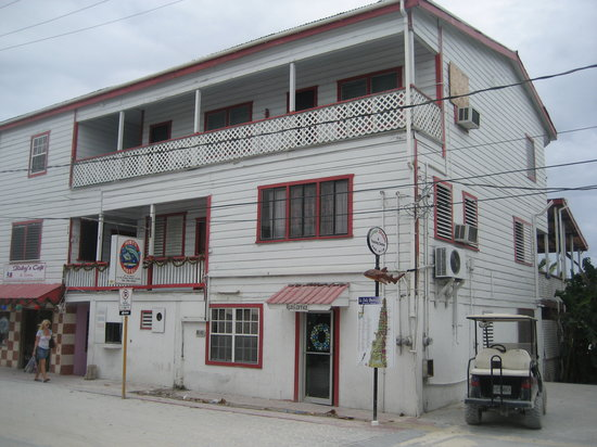 Photo of Ruby's Hotel San Pedro