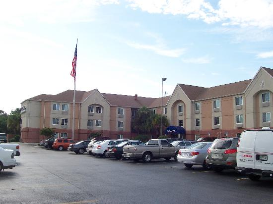 Candlewood Suites Clearwater: Property