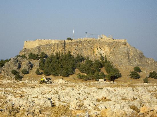 Romanza Studios: View of Acropolis from Romanza Sudios