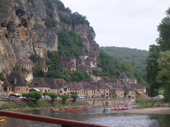 Roque Saint-Christophe : Boat rip on Dordogne river