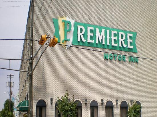 Premiere Motor Inn : From Wildwood avenue
