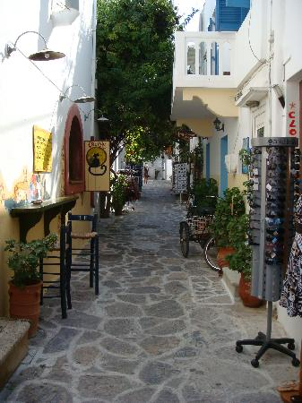 Voula Beach Rooms: Follow this street to Voula