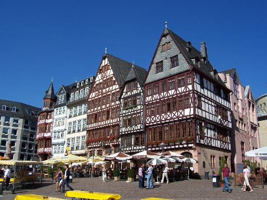 Ruesselsheim, Allemagne : Frankfurt's Vielfalt Entdecken