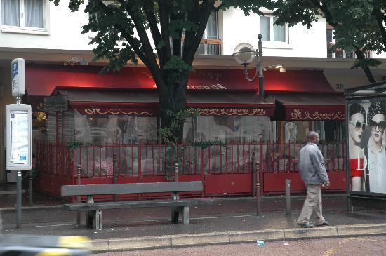 Le Bougnat d'Asnieres : exterior of restaurant