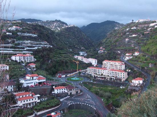 Estalagem Ponta do Sol: La montagne vue de notre chambre