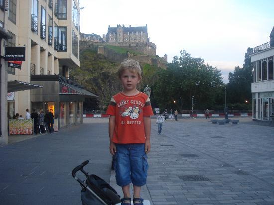 Edinburgh, UK: Ross and the Castle