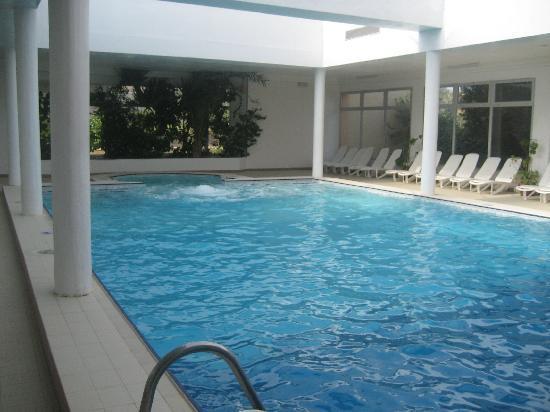 Club Oasis Marine: la piscine intérieure