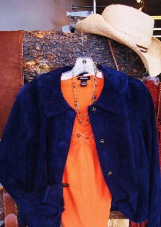 Dress Western B