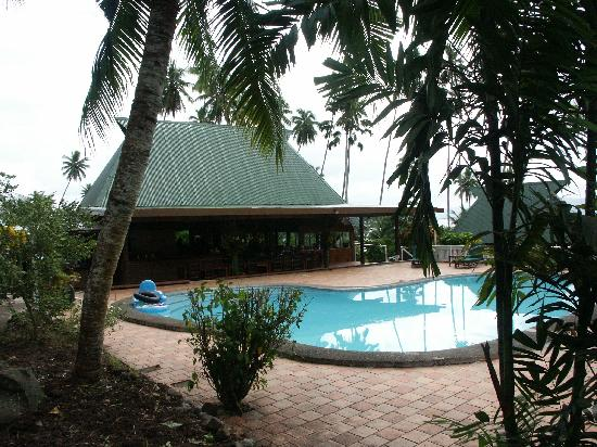 Daku Resort: The Pool and Common Area