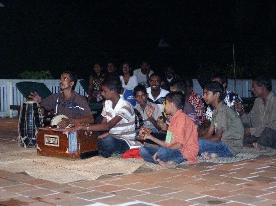 Daku Resort : India Night