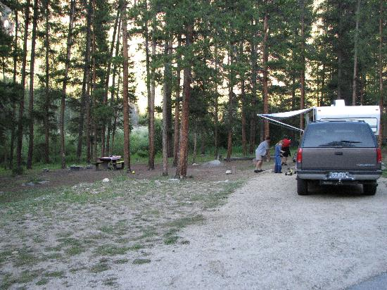 Lottis Creek Campground : Camp spot #22 - The Second Best spot!