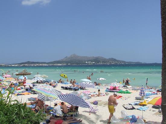 Hotel Condesa de la Bahía: spiaggia