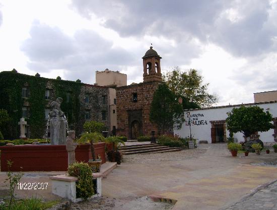 Posada de La Aldea: Posada Aldea entrance view