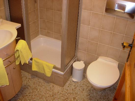 Hotel Das Rübezahl: salle de bains
