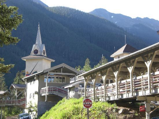 Alpine Village Suites: Taos Ski Valley next to the Alpine