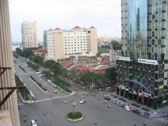 Oscar Saigon Hotel: View from the Balcony