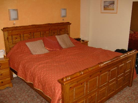 Kinlochbervie Hotel: what a bed