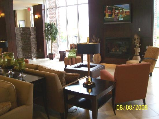 Holiday Inn Statesboro University Area: The nice lounge