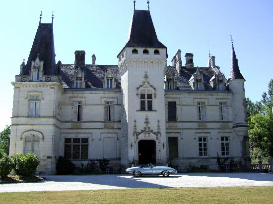Chateau de Nieuil: Front of the Chateau