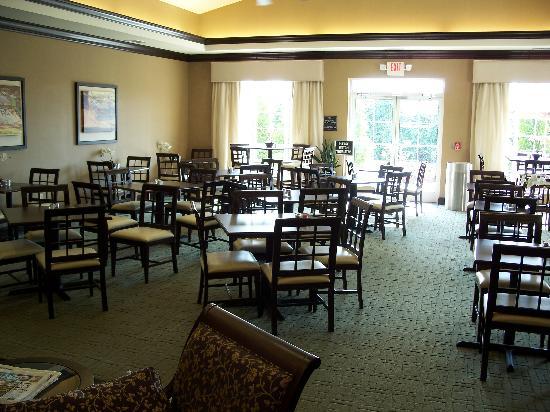 هوم وود سويتس باي هيلتون لويسفيل إيست: Dining Room