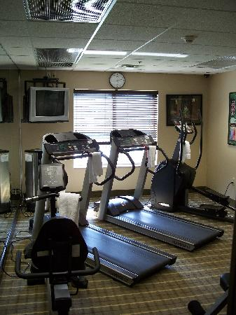 Homewood Suites Louisville East: Exercise Room