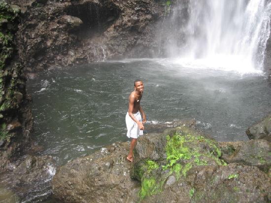 Middleham Falls & Ti Tou Gorge : irve at falls