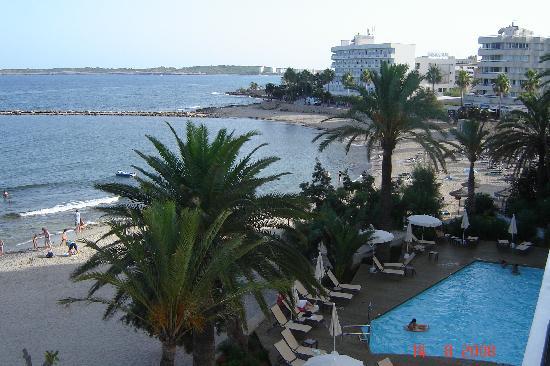 Gran Sol: Pool und Strand