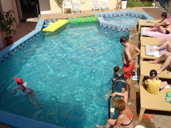 Romantica Apartments: Pool