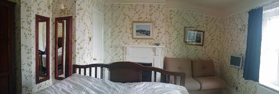Mill Water House: Our lovely bedroom