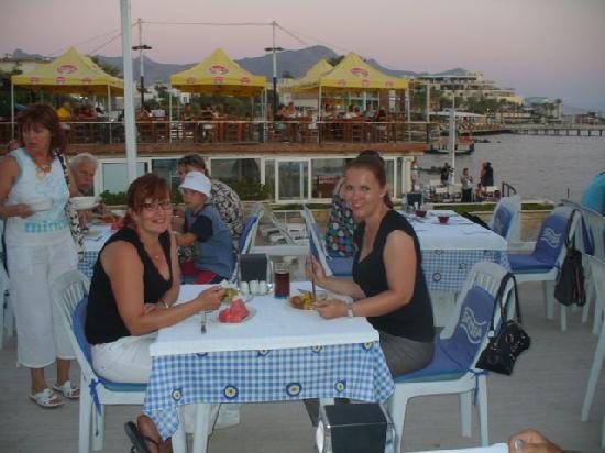 Sky Beach Hotel: Dinner at SkySea hotel
