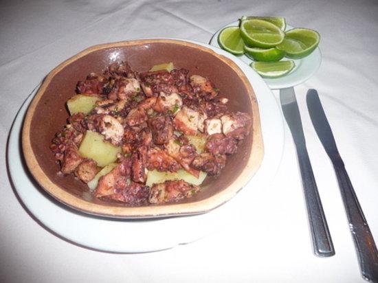 El Remo : Octopus in garlic sauce