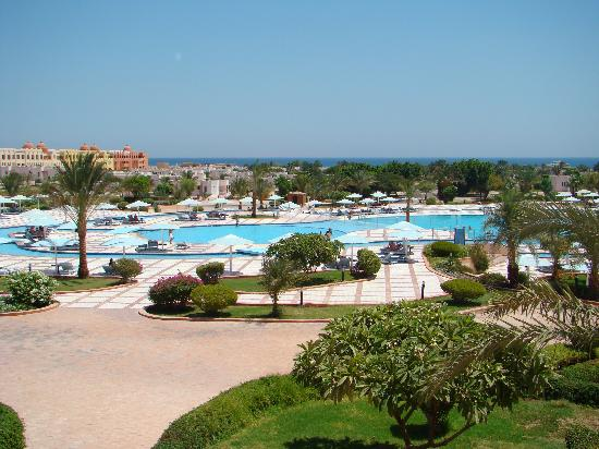 Sonesta Pharaoh Beach Resort Hurghada: piscina