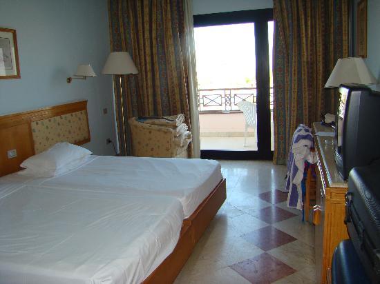 Sonesta Pharaoh Beach Resort Hurghada : habitacion