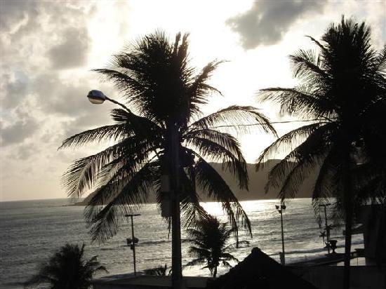 Visual Praia Hotel: Sunrise