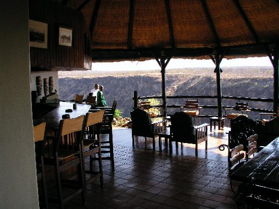 Gorges and Little Gorges Lodge: The Gorges bar area