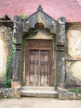 Stone Town, Tanzanie : Traditional Door to Church