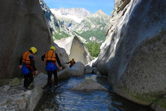 Canyoning at Grimsel with Alpin Raft