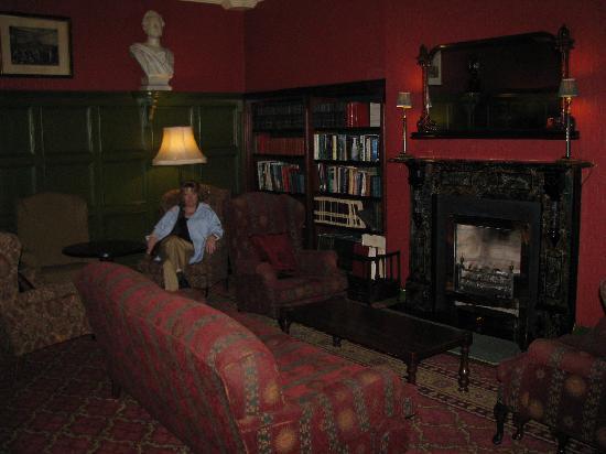The Killarney Park Hotel: the library