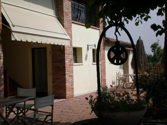 Monselice, Italia: esterno giardino